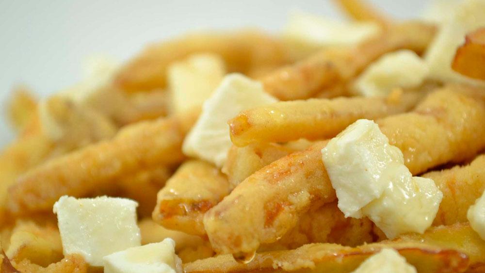 3-Berenjenas-fritas-miel-de-Montoro-y-queso-de-cabra-de-Zuheros_4096x2731